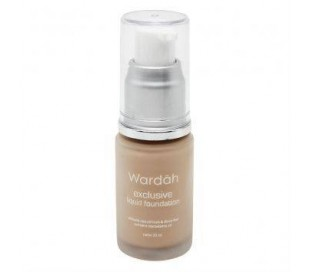 Exclusive Liquid Foundation - 01 Light Beige